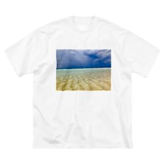 ビーチ Big silhouette T-shirts