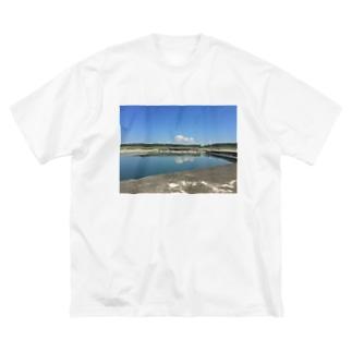 夏の漁港 Big silhouette T-shirts