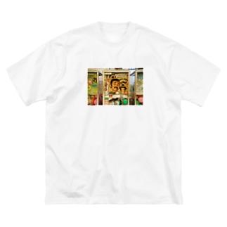 グアムのガチャガチャ Big silhouette T-shirts