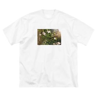 春の匂い Big silhouette T-shirts