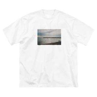喫煙所のぴです Big silhouette T-shirts