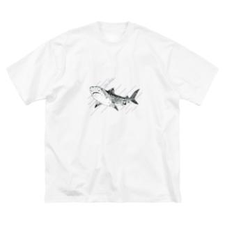 イタチザメ Big silhouette T-shirts