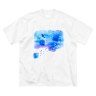 ウリクラゲとマンタの四角い海 Big silhouette T-shirts