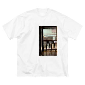ソウルのカフェ Big silhouette T-shirts