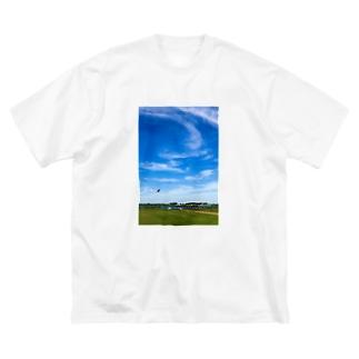 河原のグライダー Big silhouette T-shirts
