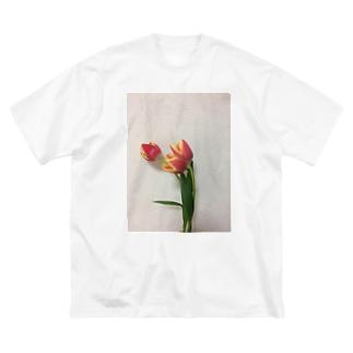 mottannの3本のチューリップTee Big silhouette T-shirts