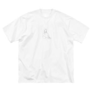 おすわりするおんなのこ Big silhouette T-shirts