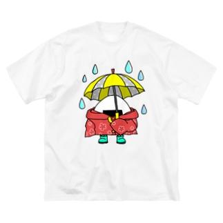 雨の日おにぎり Big silhouette T-shirts