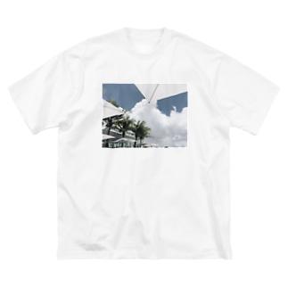VACANCE Big silhouette T-shirts