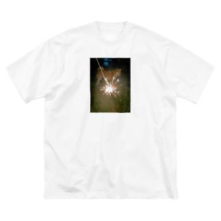 花火の向こうに犬 Big silhouette T-shirts