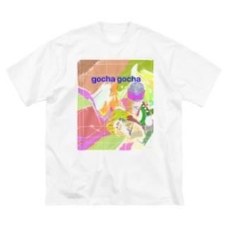 つくしんぼのgocha gocha Big silhouette T-shirts