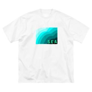 ウミ Big silhouette T-shirts