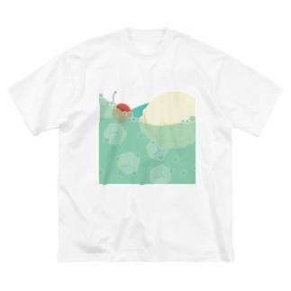 メロンクリームソーダでいっぱい Big silhouette T-shirts