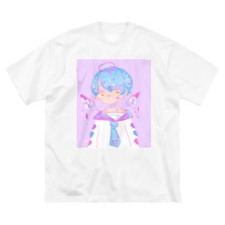 てんしくん Big silhouette T-shirts