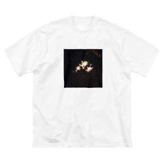 なんかあの、適当に撮ったやつpart4 Big silhouette T-shirts