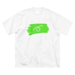 ぶたのしっぽくるりん Big silhouette T-shirts