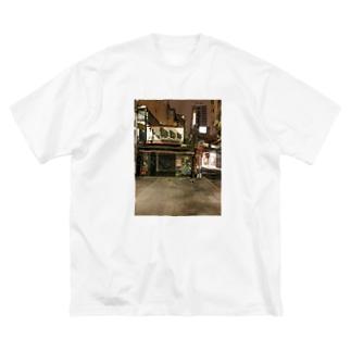 夜の台北 閉店後 Big silhouette T-shirts