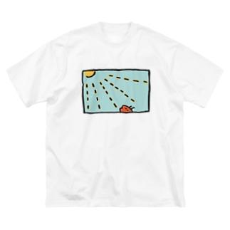 たいようぽかぽか Big silhouette T-shirts