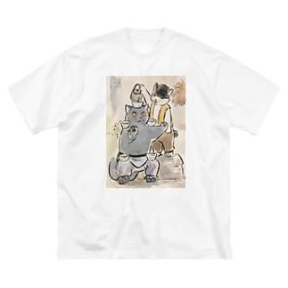 Big silhouette T-shirts