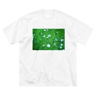 こけ Big silhouette T-shirts