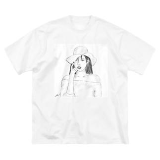 New World  Big silhouette T-shirts