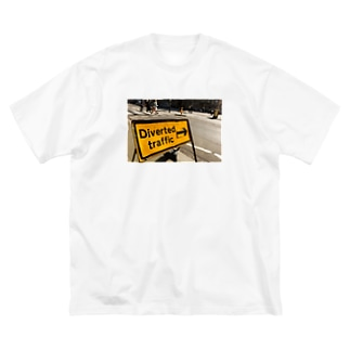 Diverted traffic Big silhouette T-shirts