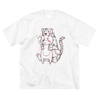 トラの威を借り切れてない狐。その① Big silhouette T-shirts