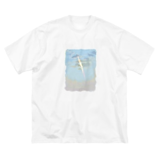 雲と太陽 早朝 Big silhouette T-shirts