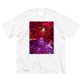 紅の森 Big silhouette T-shirts