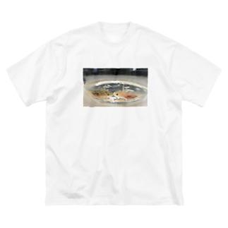 ウーパールーパーCHU Big silhouette T-shirts