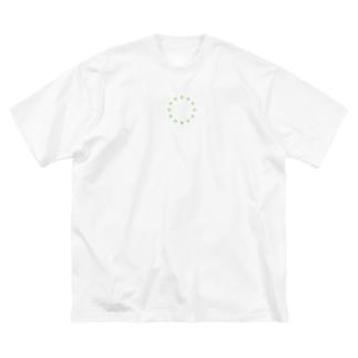 星 T Big silhouette T-shirts
