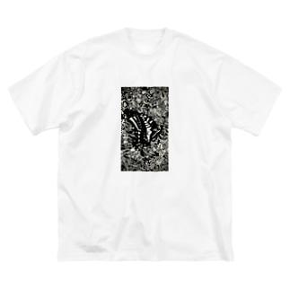 虫の知らせ Big silhouette T-shirts