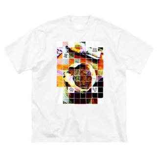 カニミソ Big silhouette T-shirts
