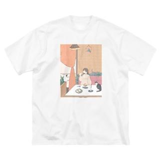 自分へのご褒美 Big silhouette T-shirts