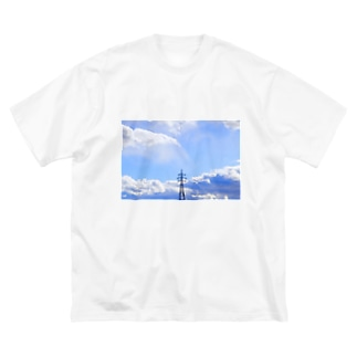 空ばかり見ていた Big silhouette T-shirts