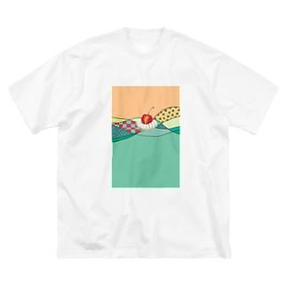 メロンソーダ Big silhouette T-shirts