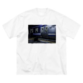 帰宅 Big silhouette T-shirts