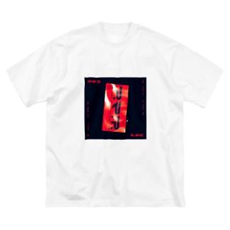 スマホステッカ_赤黒 Big silhouette T-shirts