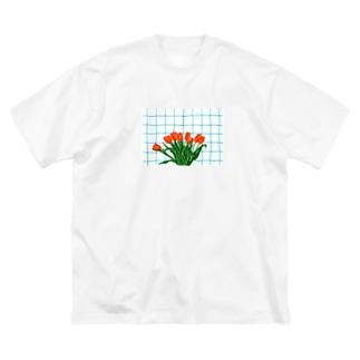 チューリップとキッチン Big silhouette T-shirts