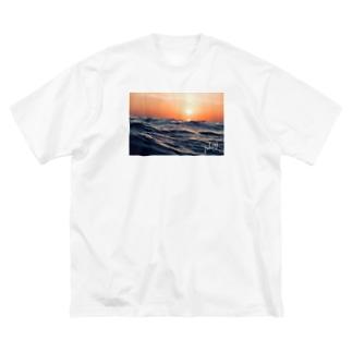 SEA Big silhouette T-shirts