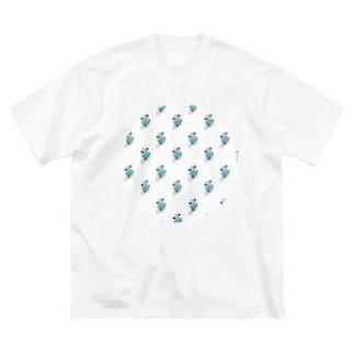 つかれたのでね、ちょっとはずしますね Big silhouette T-shirts
