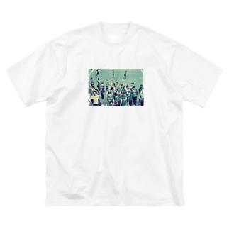 優勝 Big silhouette T-shirts