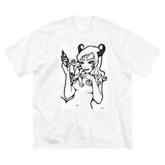 セクシーなうしちゃん Big silhouette T-shirts