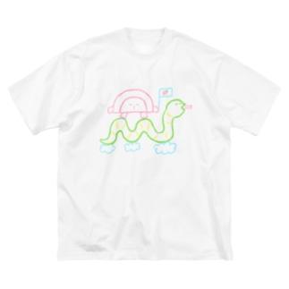 へびさんに乗ってGO Big silhouette T-shirts