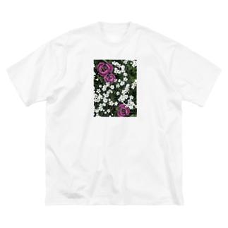 シロミミナグサとチューリップ Big silhouette T-shirts