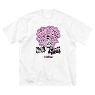 """""""MAGI COURIER"""" pink #1 Big Silhouette T-Shirt"""