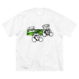 くま Big silhouette T-shirts
