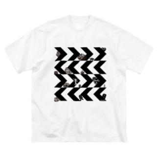 ギザギザドニワ Big silhouette T-shirts