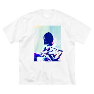 ろくろくろっくのギターガール012 Big silhouette T-shirts