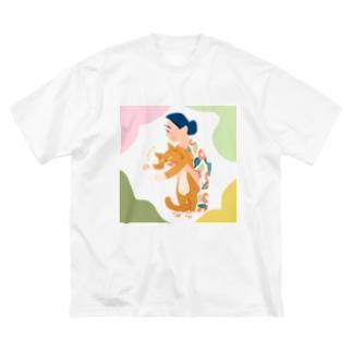 猫を抱えるひと Big silhouette T-shirts